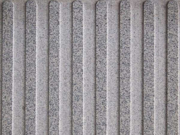603芝麻白细化光面盲道板